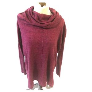 Jaclyn Smith burgundy and black turtleneck size L